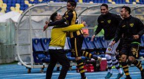 """¡A la vialina! El """"Almirante"""" sufrió hasta el último minuto para sumar su primera victoria"""